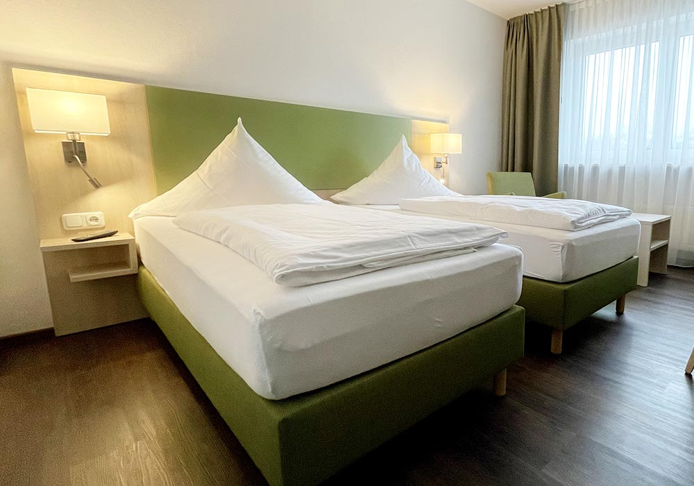 Bright and spacious rooms in hotel near Munich airport